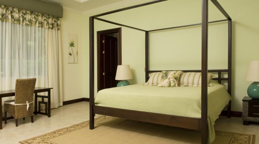 1st-floor-bedroom-2-king