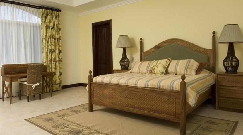 2nd-floor-1-king-bed