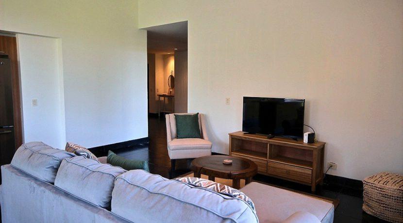 4 - Perla 6-1 living room 3