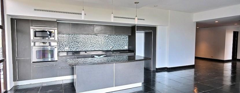 6-Perla 5-1 kitchen