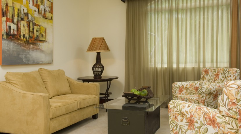 Casita-living-room-2