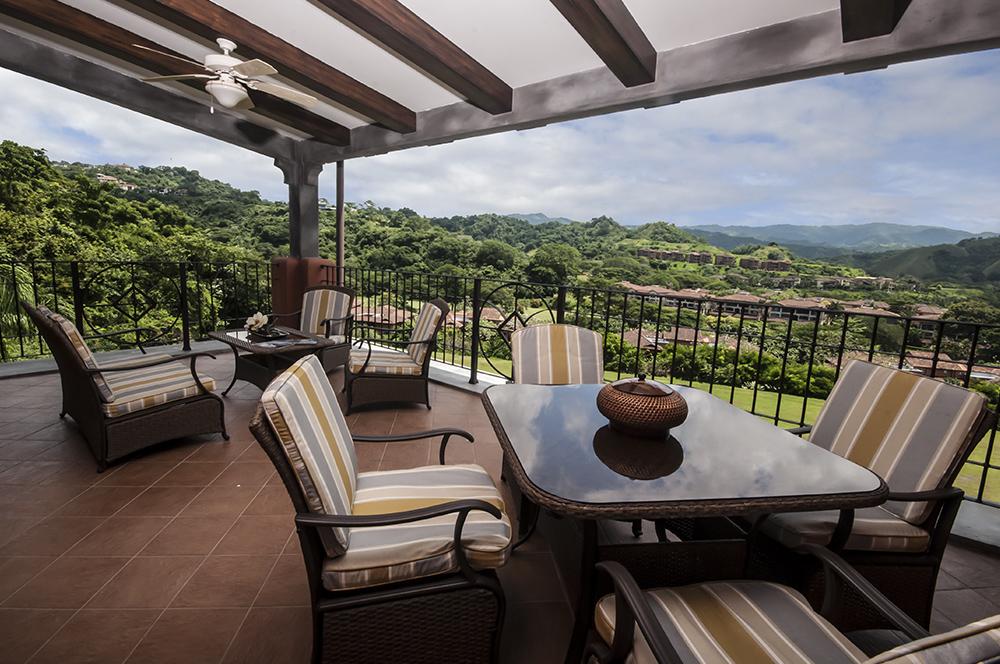 Montebello 2B- Luxurious ocean view condo, 3 bedroom, 3 bathroom