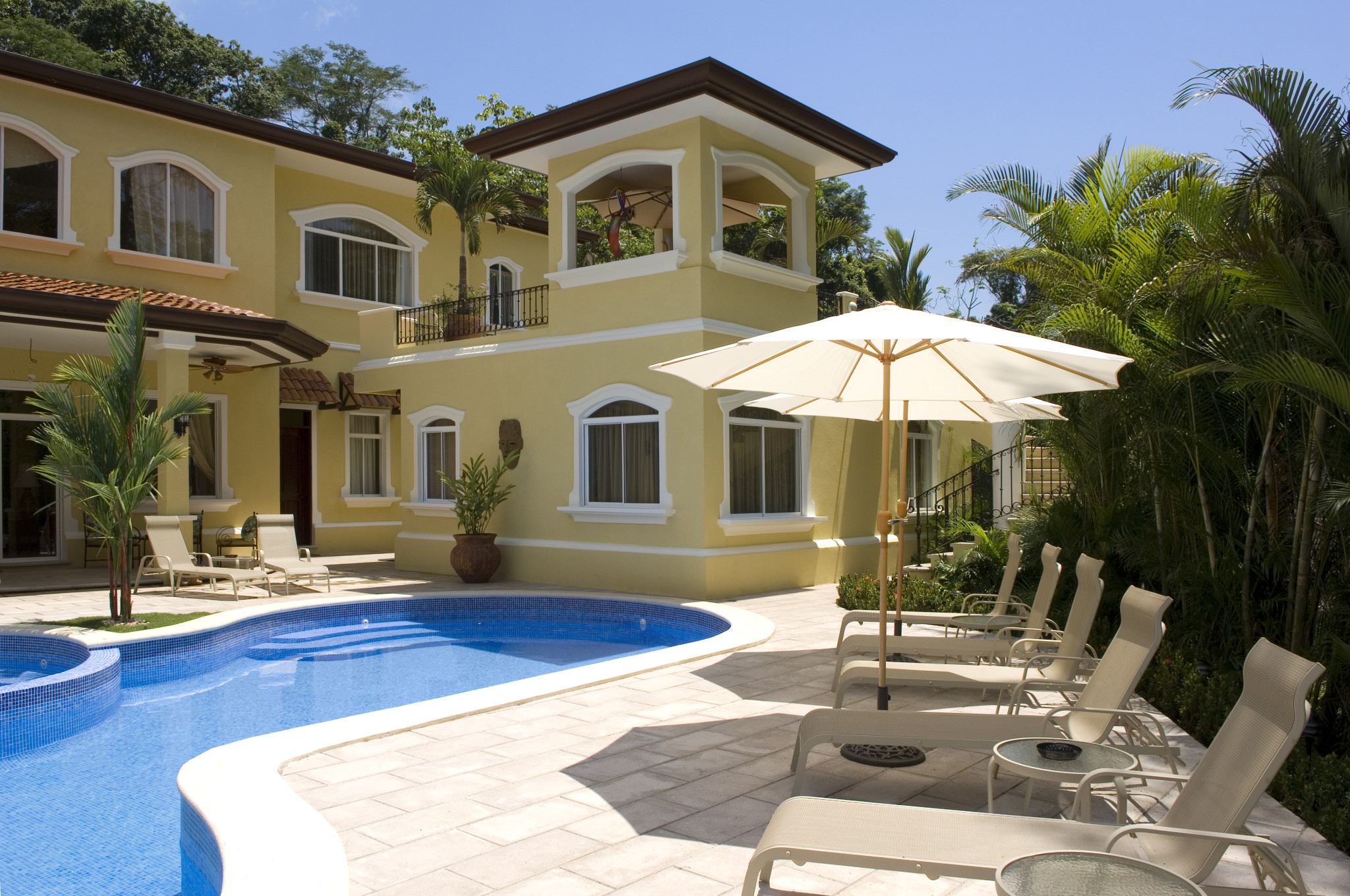 Casa Sueños – Largest house at the resort, private pool + amenities,  8 bedrooms 10 baths.