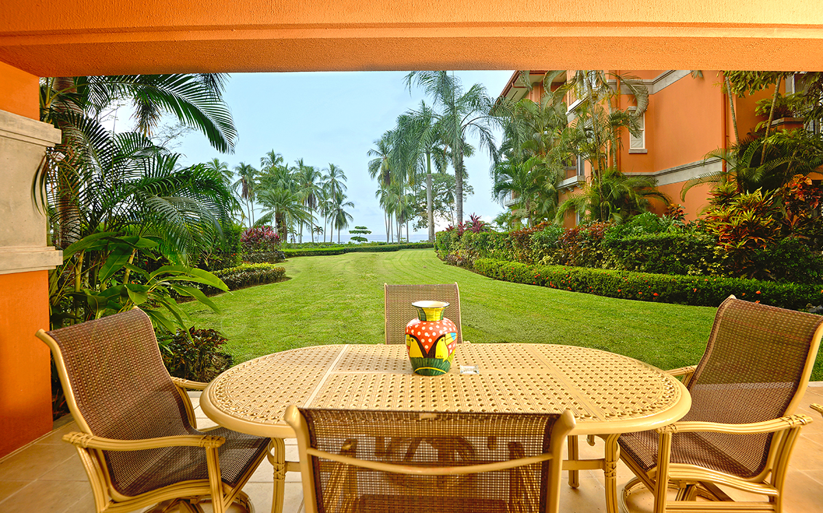 Bay Residence 9E -Ground floor condo w/large garden & ocean view, 3 bedrooms 2 baths.