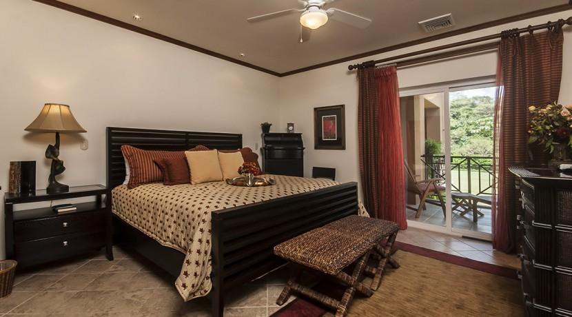 Veranda-8A-Master-Bedroom