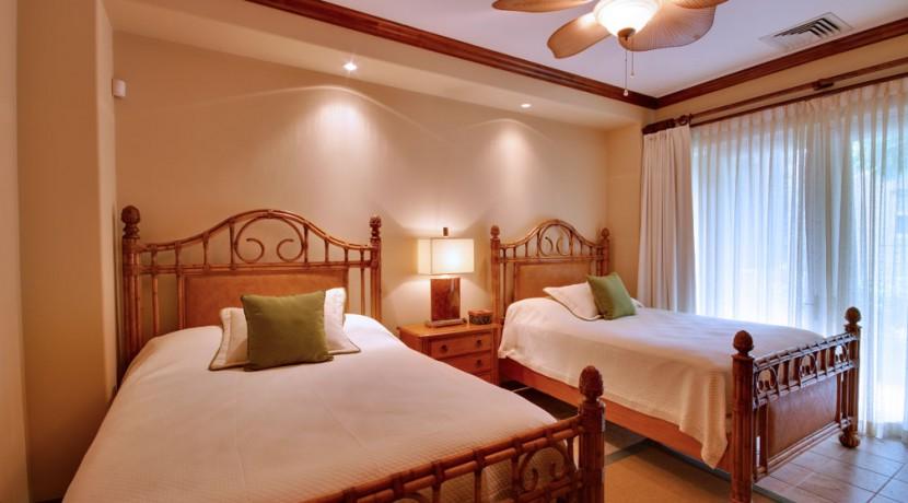 Villa-Tranquila-Guest-room-2