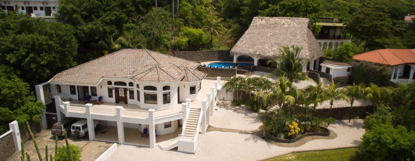 01 Pura Vida Villa Arial Front