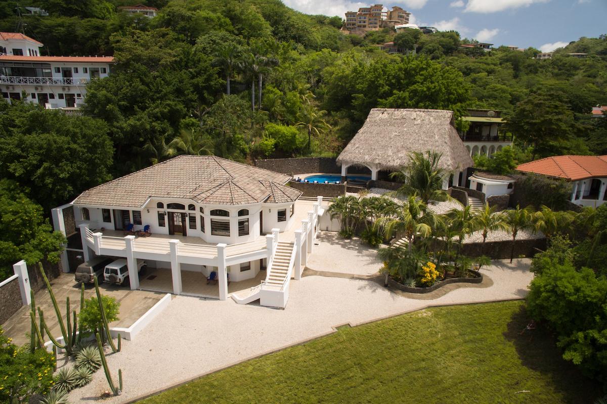 Pura Vida Villa: Great Ocean View Opportunity! Price Reduced! – Ocotal