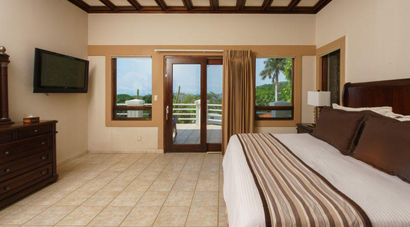 07 Pura Vida Villa Master Bedroom