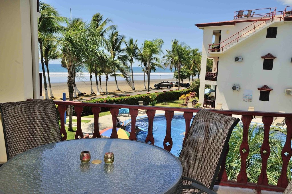 Bahia Azul 4B Furnished Oceanfront Condo – Jaco