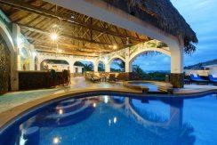 20 Pura Vida Villa Dusk View