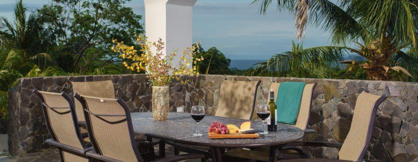 24 Pura Vida Villa Rancho Dining Area