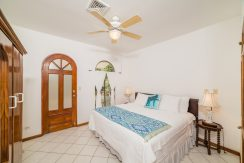 24_KRAIN_Villa Christopher _ Beachfront _ Playa Flamingo (1)