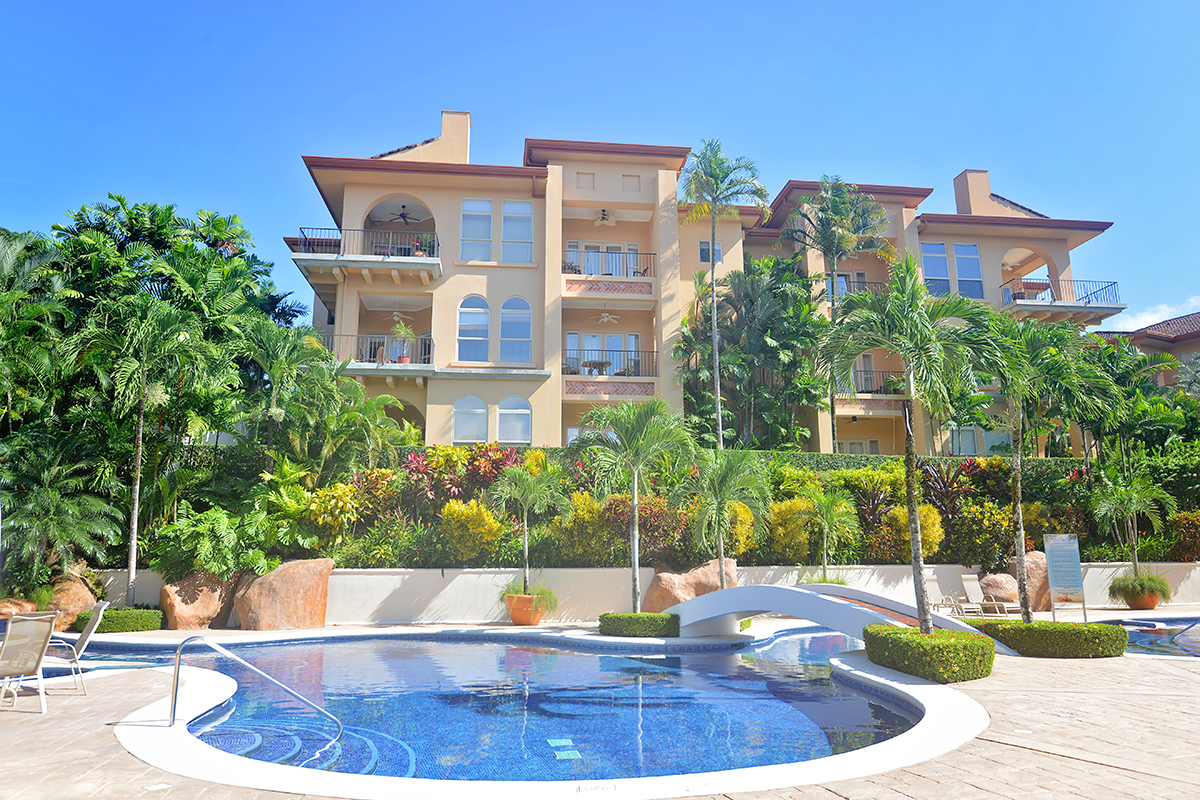 Bella Vista 7B – located at the heart of the resort, 3 bedrooms 3  1/2 baths.