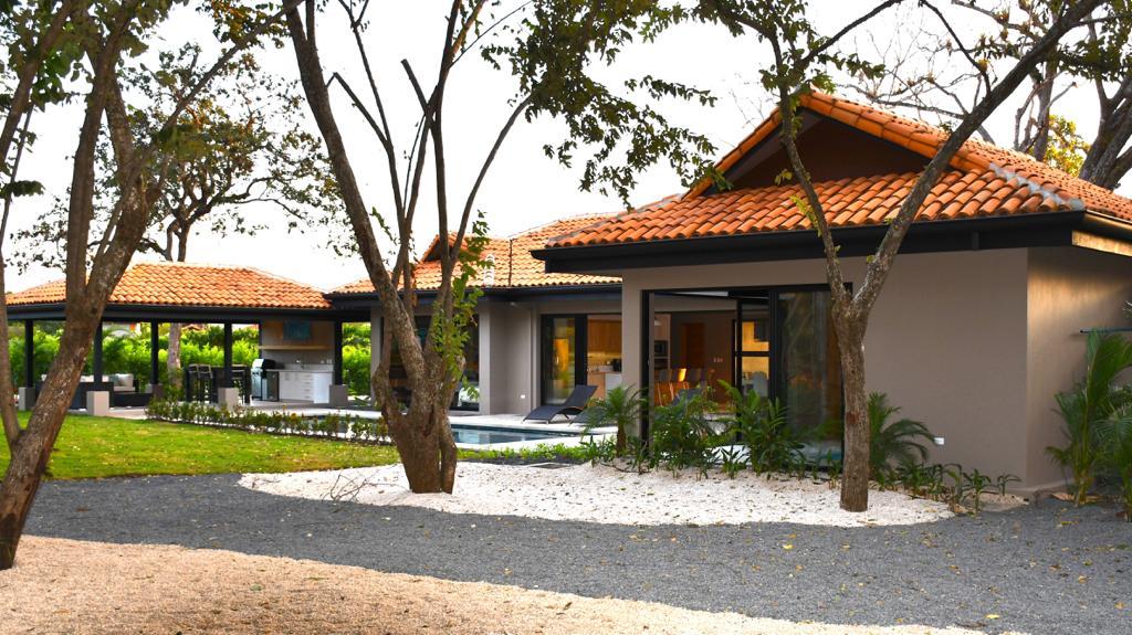 Luxurious Brand New Home at Hacienda Pinilla Resort, near the best Guanacaste Beaches.