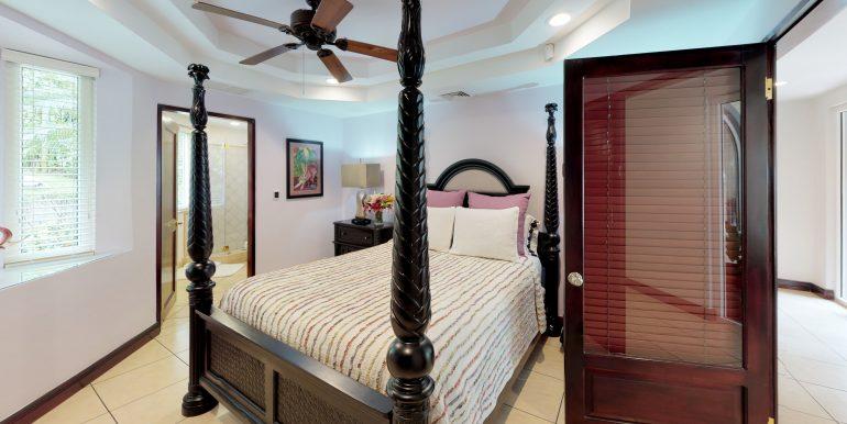 Casa-Harmon-copy-Bedroom (1)