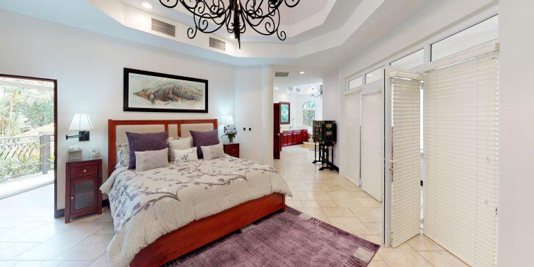 Casa-Harmon-copy-Bedroom (2)