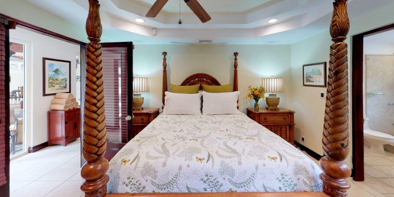 Casa-Harmon-copy-Bedroom