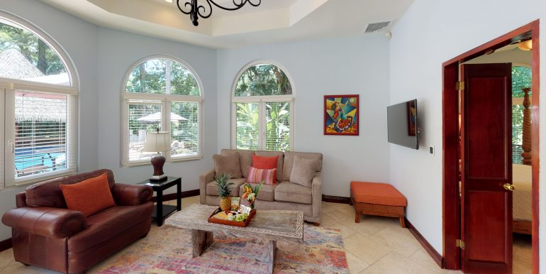Casa-Harmon-copy-Living-Room