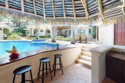 Casa-Harmon-copy-pool bar