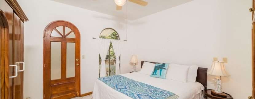 24_KRAIN_Villa Christopher _ Beachfront _ Playa Flamingo (1)