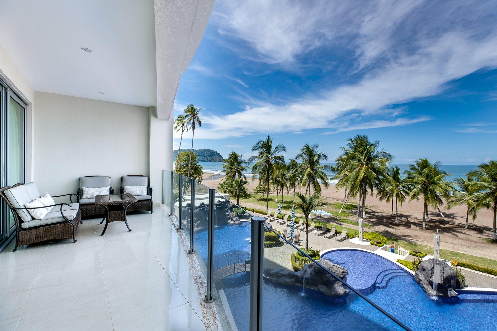 Contemporary Style 3 Bedroom 3.5 Bath Ocean View Condo