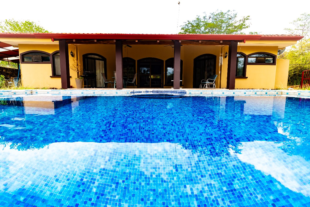 3 bedroom Family House located in gated community.