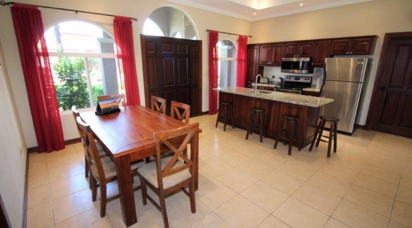 Beach-House-Costa-Rica-dining-living