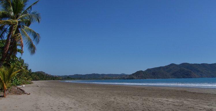Beachfront Homes (9)
