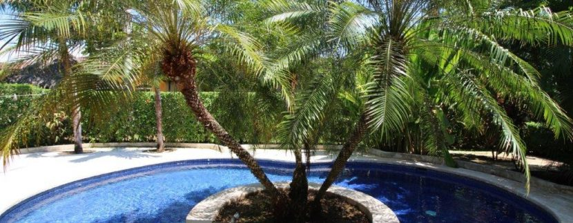 Costa-Rica-Beach-Home-for-sale-back-pool-area