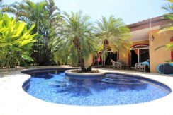 Costa-Rica-Beach-Home-with-pool