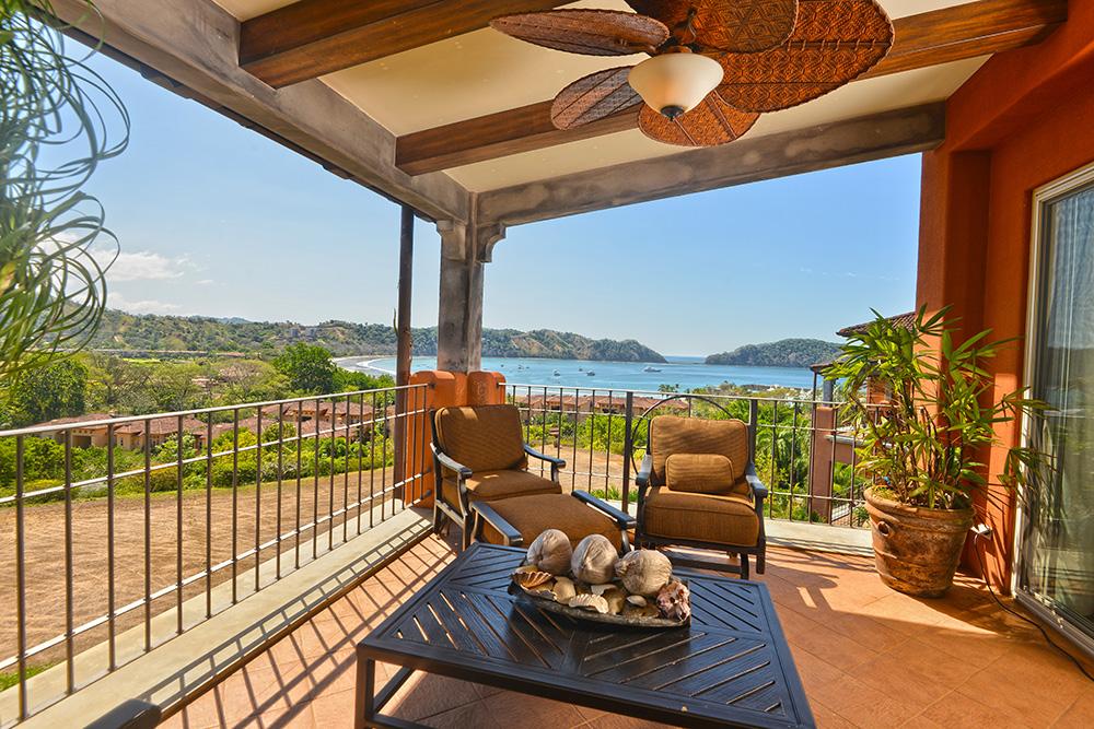3 bedroom luxury condo with ocean view at exclusive community- Montebello 2A