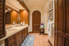 masterbathroom_1