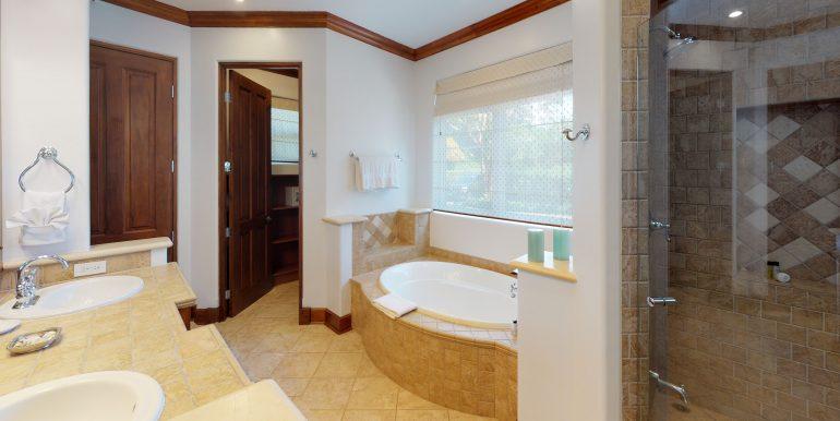 Villa-Tranquila-Bathroom