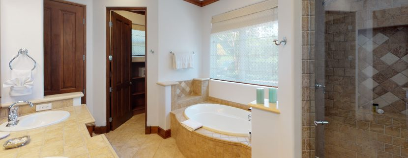 Villa-Tranquila-Bathroom