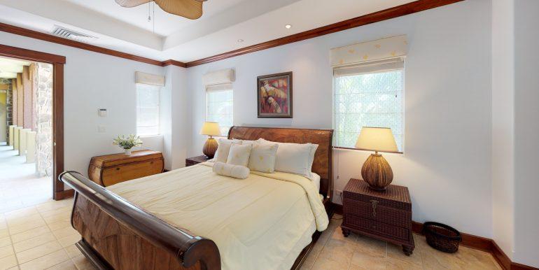 Villa-Tranquila-Bedroom-Guest-House