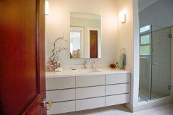 secondbathroom2
