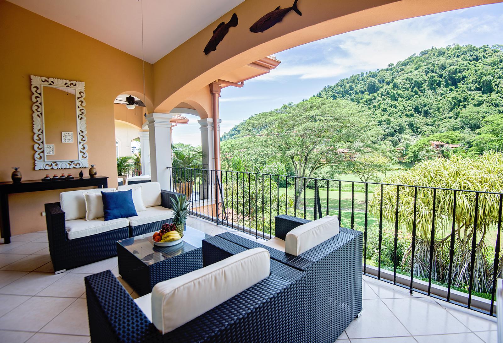 Colina 15B Top Floor 3 Bedroom Condo with Golf Course View