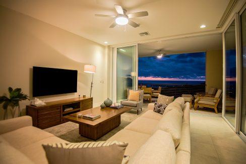 Livingroom_nightweb