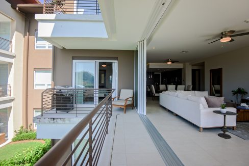 Livingroom_outsideweb