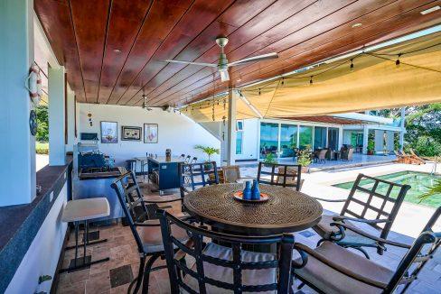 Outside Lounge2